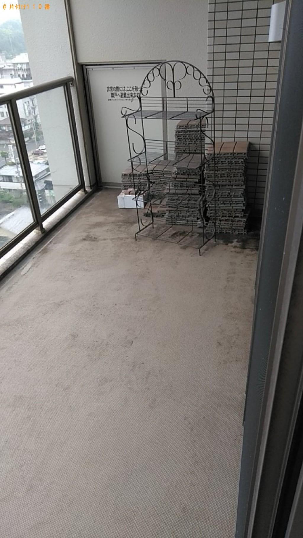 【福井市】床に敷き詰めるパネル、金属製ラックの回収・処分ご依頼
