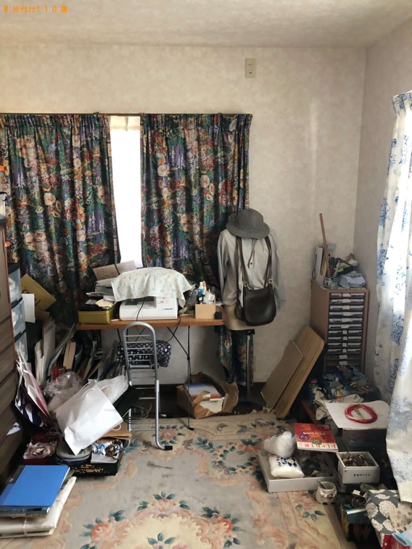 【越前市】遺品整理に伴いマットレス付きシングルベッド、電話台、本棚等の回収