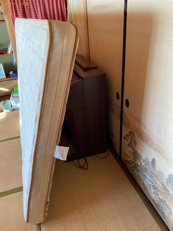 【福井市】三人掛けソファー、ダブルベッドマットレス等の回収・処分